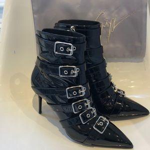 "NIB Giuseppe Zanotti ""Yvette""patent buckle boot. 9"